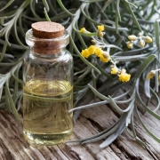 Helichrysum Oil Benefits